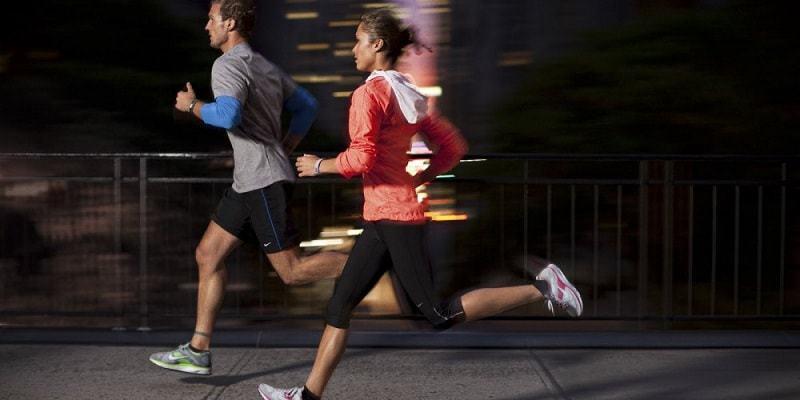 чем полезен бег для женщин по вечерам