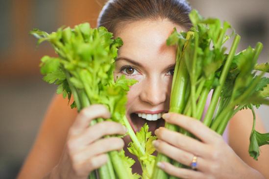 чем полезен сельдерей стебли для женщин при похудении