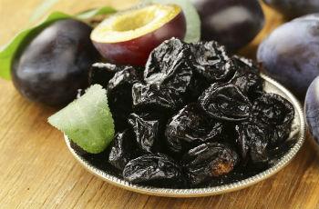 чернослива польза и вред для здоровья