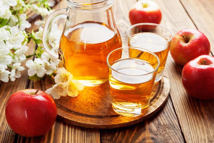 польза и вред яблочного сока прямого отжима