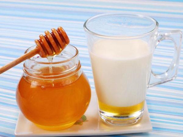 мед с молоком польза и вред
