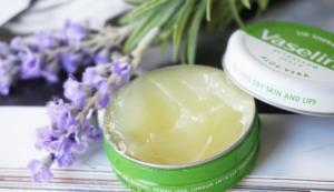 вазелин польза и вред для кожи