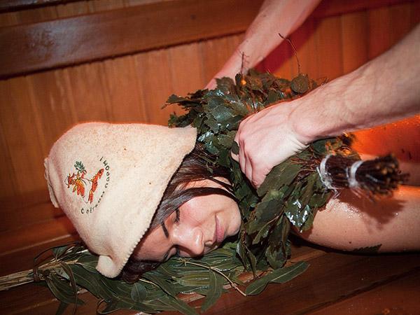дубовый веник для бани и чем полезна
