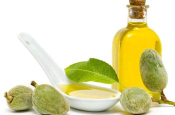 чем полезно миндальное масло и как его употреблять