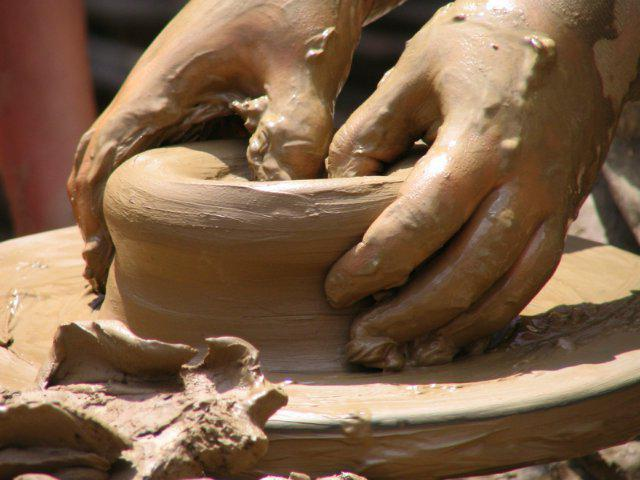 что можно сделать из полезных ископаемых глина