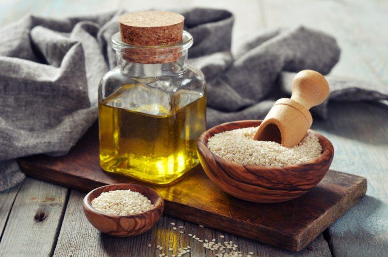 что такое кунжутное масло и чем оно полезно