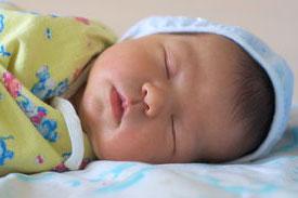 круг на шею для купания новорожденных польза и вред