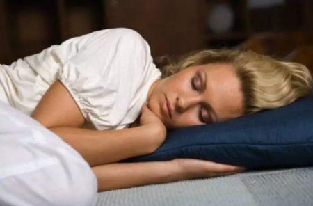 сон на левом боку вред и польза