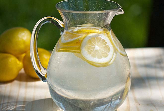 чем полезен лимон с водой для организма человека