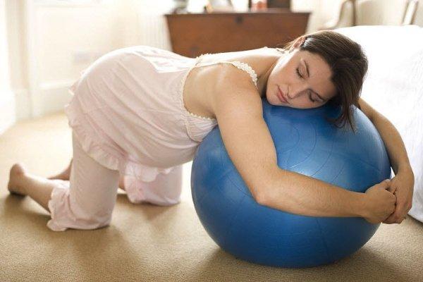 чем полезно коленно локтевое положение во время беременности