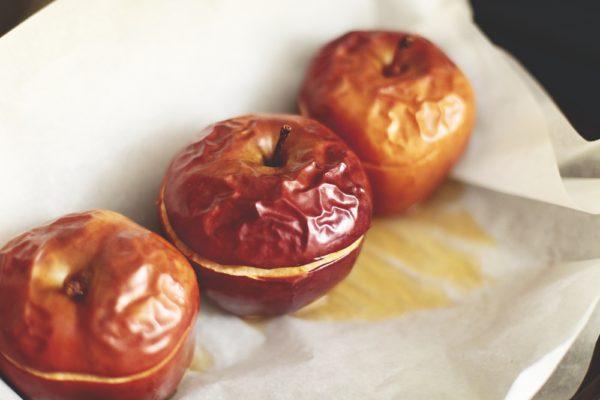 чем полезны печеные яблоки в духовке для беременных