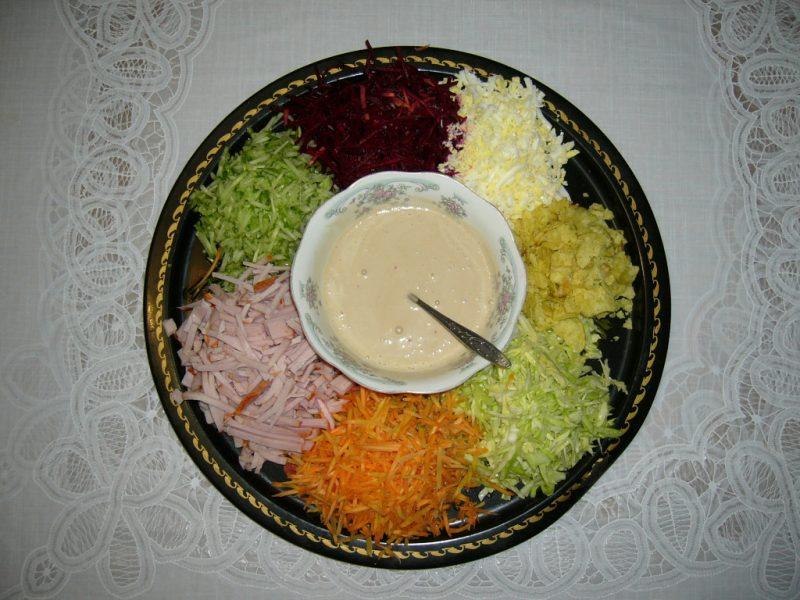 салат с морковью и свеклой сырой чем полезен