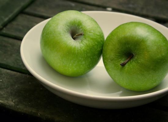 яблоки калории полезные свойства и противопоказания для женщин