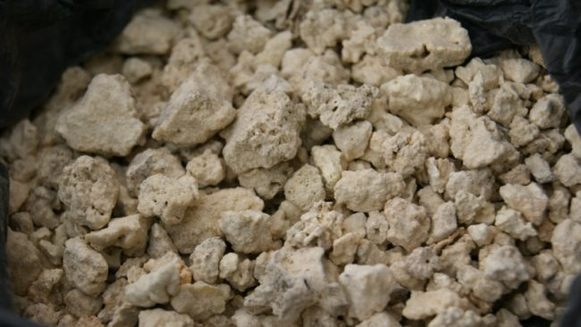 чем полезно каменное масло и как его принимать