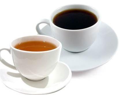 что полезнее пить по утрам чай или кофе