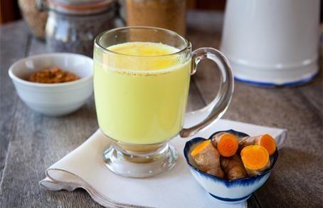 куркума с молоком полезные свойства и противопоказания рецепты