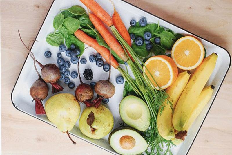 чем полезней свежеприготовленная пища от хранящейся несколько дней